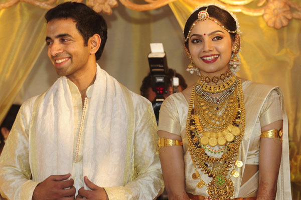 10 Mollywood Actresses Who Went To Abroad After Marriage